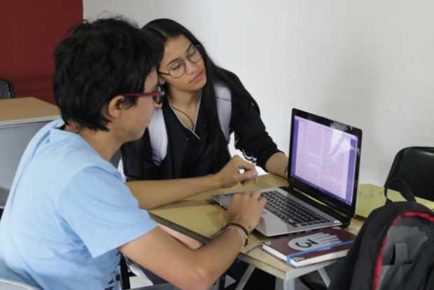 Declaran internet como servicio público esencial en Colombia