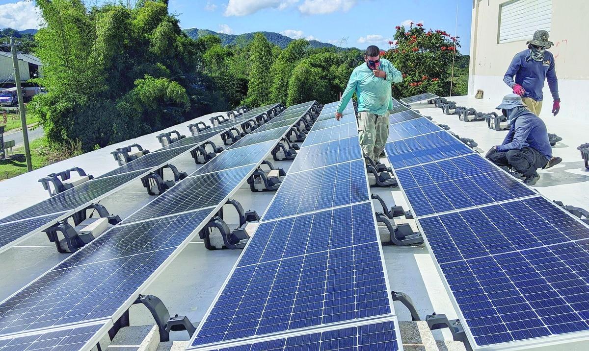 Red de Redes: Ilumina tu Espacio, energía solar para servicios esenciales