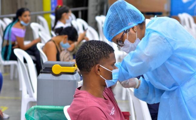 En el Valle se dará prioridad a segundas dosis, mientras se supera escasez de vacunas anticovid