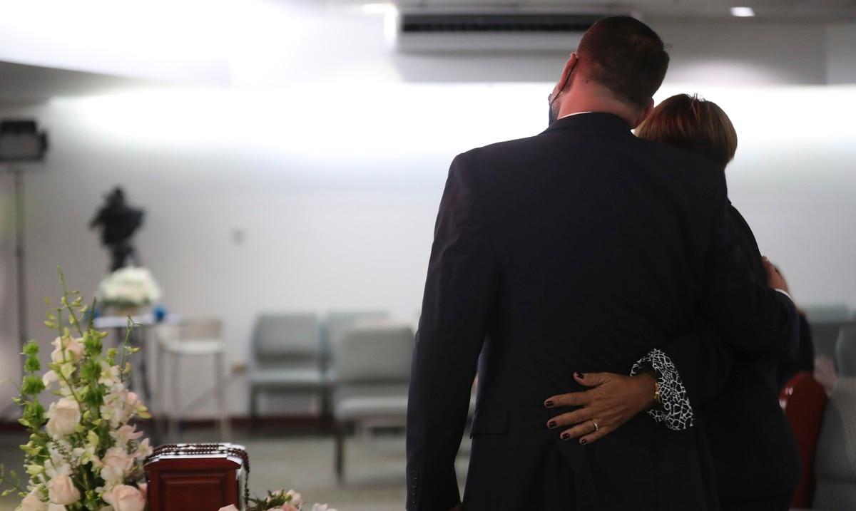 Despiden a Efrén Arroyo con una ceremonia íntima y solemne