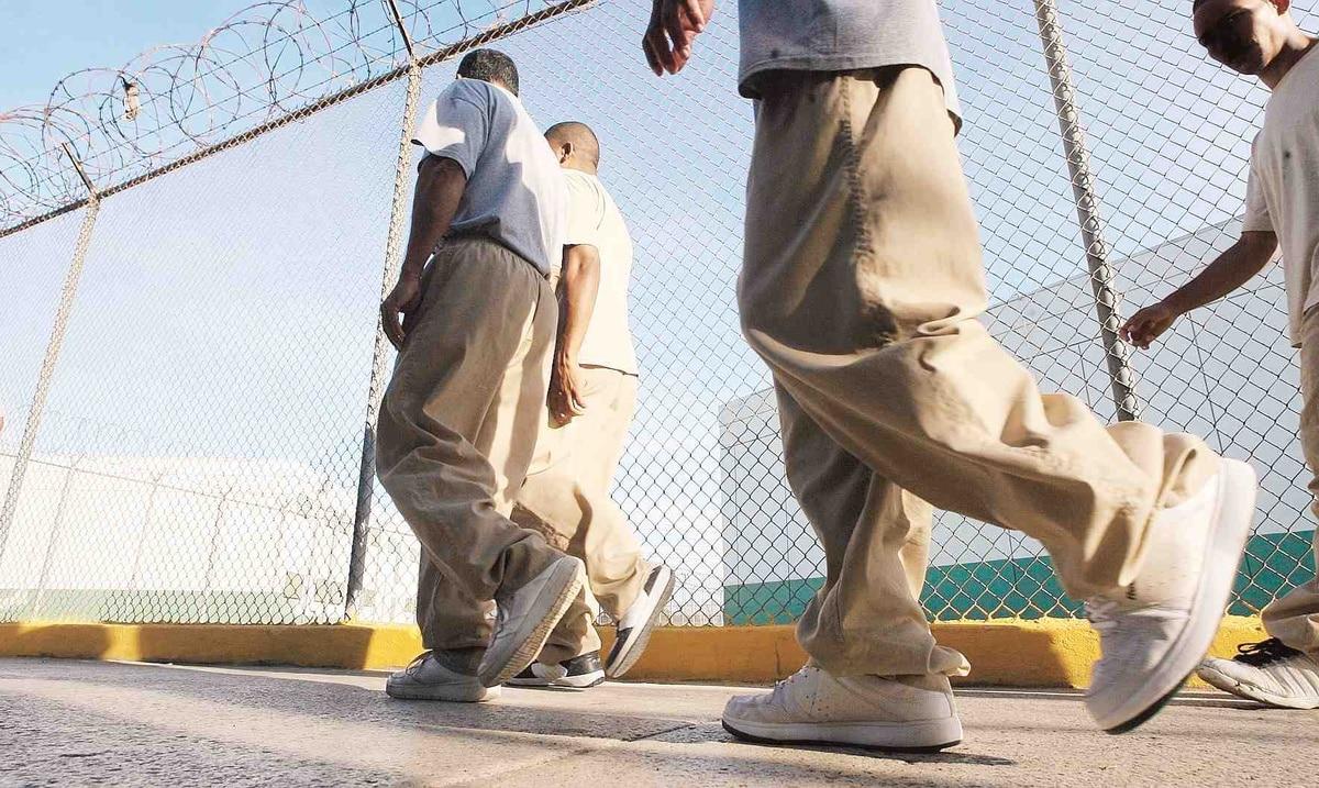 Tramitan solicitudes de incentivo federal para confinados