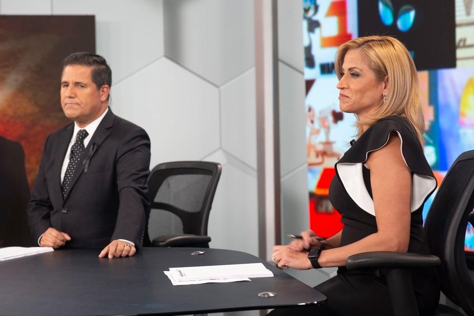 Normando Valentín y Aixa Vázquez iniciaron el programa especial a las 4:00 p.m. Desde el 31 de diciembre de 2018, el equipo de Noticias del canal 4 no vivía un momento de duelo como el que les tocó hoy.
