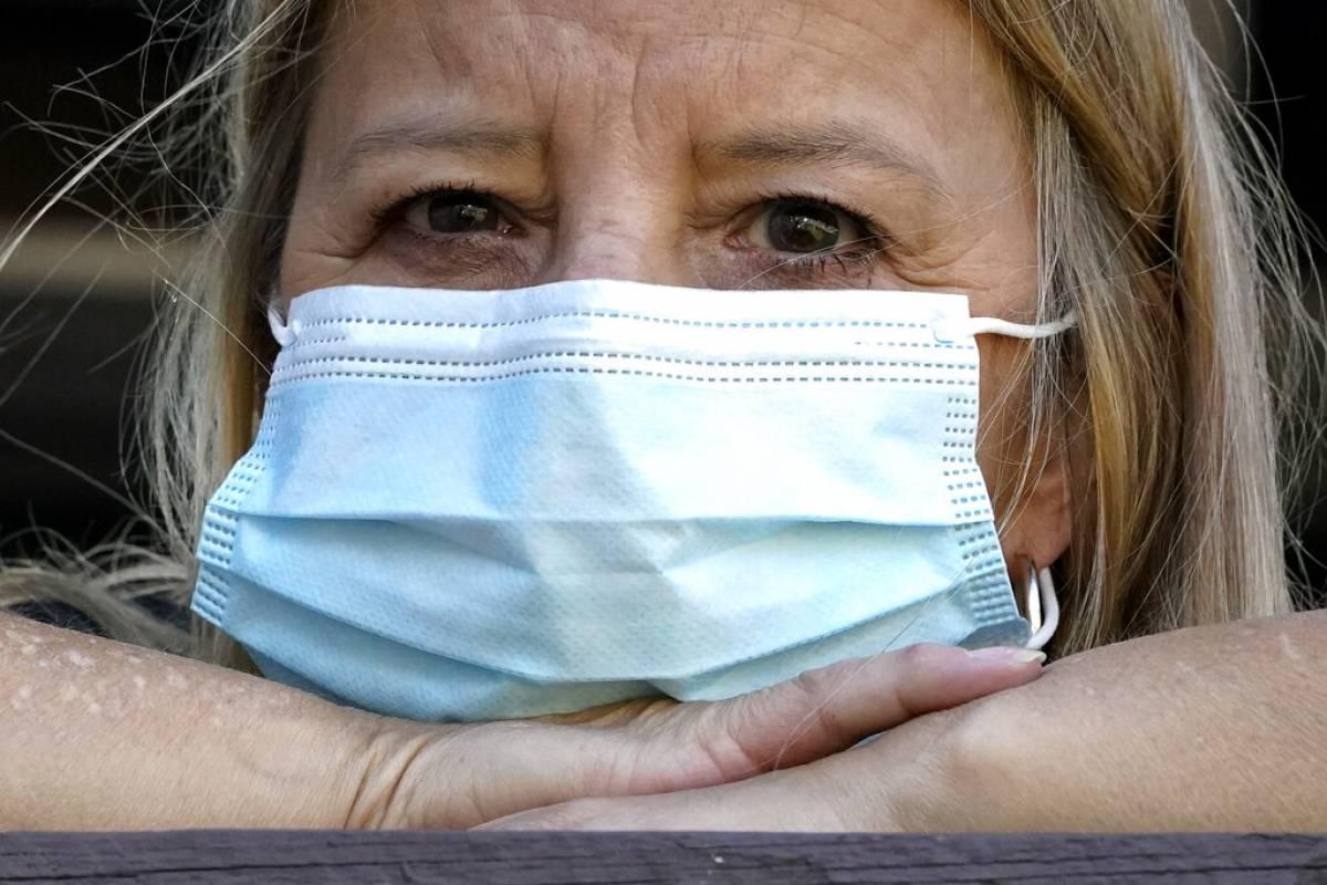 Los vacunados más preocupados por coronavirus que los no vacunados