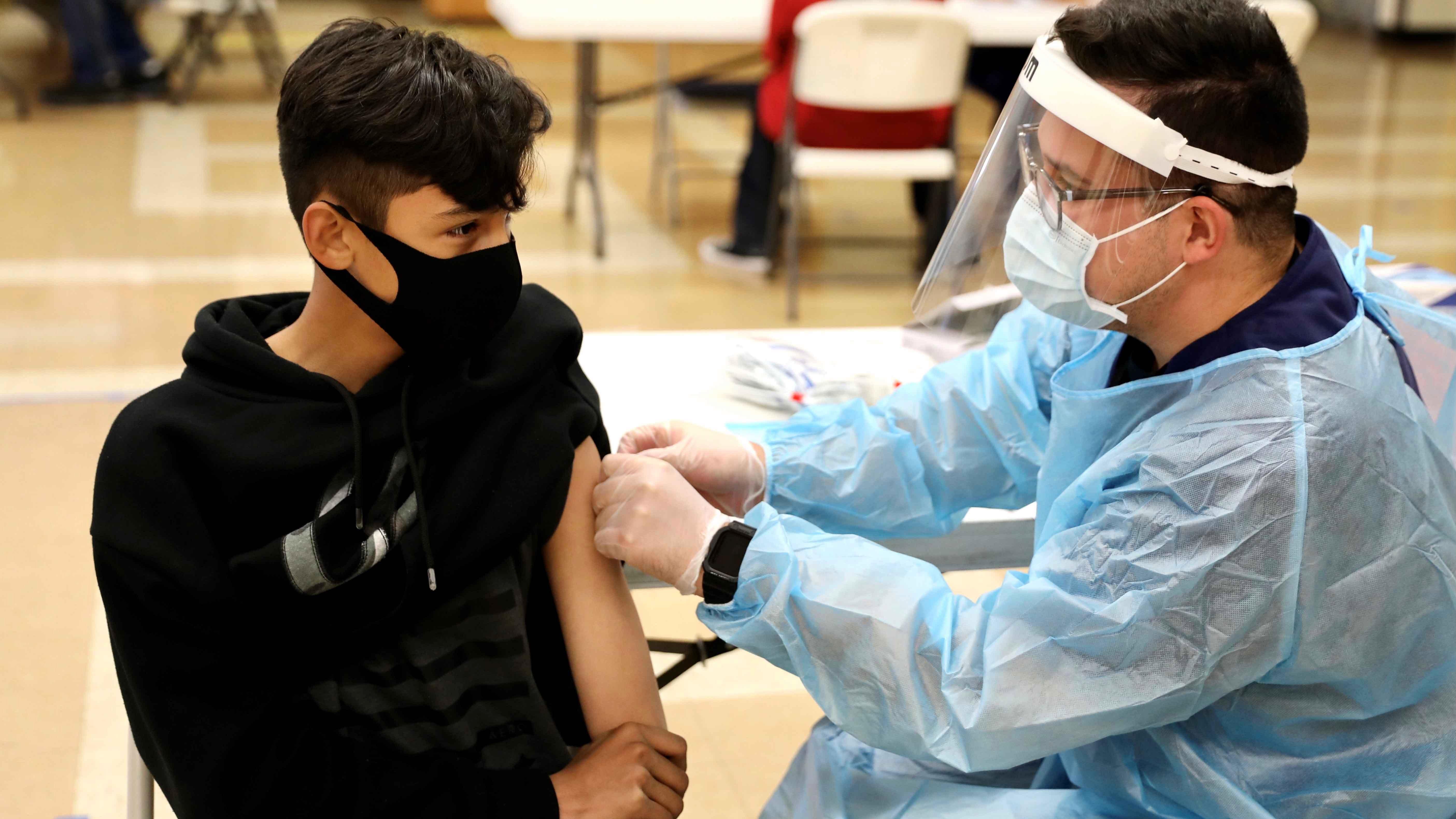 CDC: suben las hospitalizaciones de menores en EEUU por COVID-19
