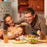 Alimentos que deben consumir mujeres gestantes, madres lactantes y niños menores de 2 años