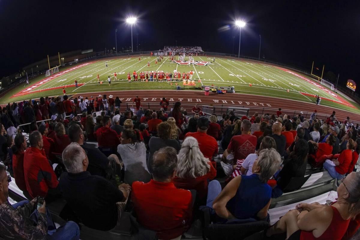 Escuelas en Estados Unidos usan fondos COVID para actividades deportivas